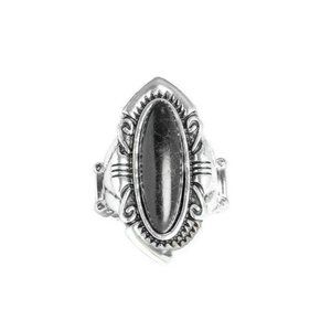 Santa Fe Serenity Black Oval Silver Stretch Ring